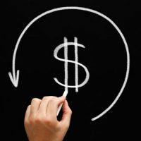 Há um problema de baixa tributação da renda de muitos acionistas e sócios de empresas, mas ele não decorre da isenção na distribuição de dividendos